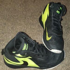 Boys Nike Size 2Y